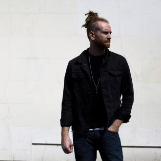 Newton Faulkner doesn't watch television