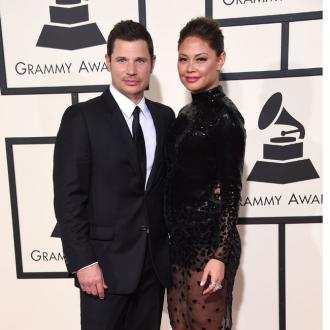 Nick and Vanessa Lachey use rock paper scissors to settle arguments