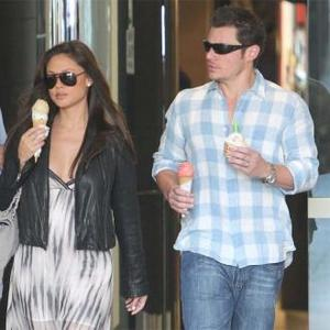 Nick Lachey Takes His Pregnant Wife On Holiday