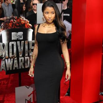 Nicki Minaj To Wed In Hot Tub?