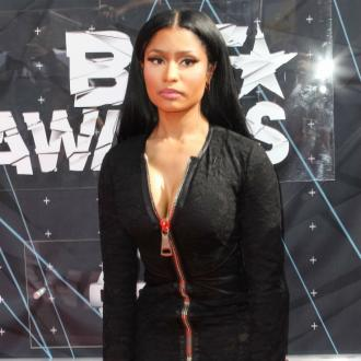 Nicki Minaj late for festival