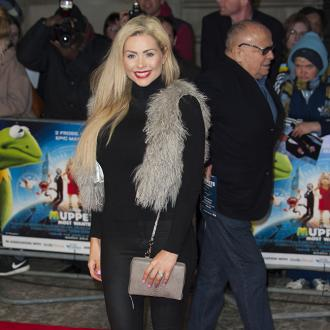Nicola McLean to have ovaries removed