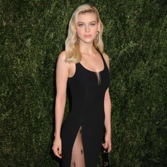 Nicola Peltz dating Anwar Hadid?