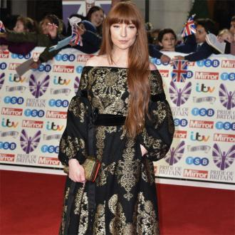 Nicola Roberts requested pink dressing room