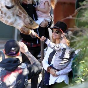 Nicole Richie And Joel Madden Have Family Zoo Day