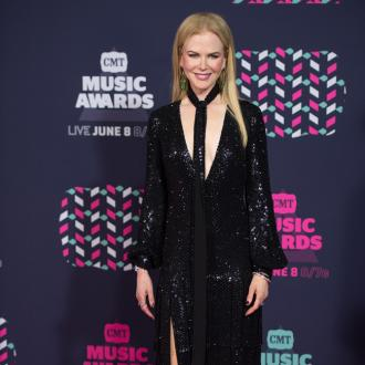 Nicole Kidman interested in fostering