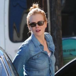 Nicole Kidman And Katie Holmes 'Have Awkward Run-in'