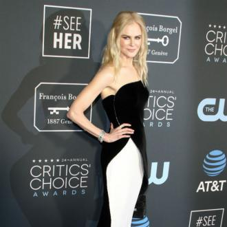 Nicole Kidman 'back on the right track' after breaking her ankle
