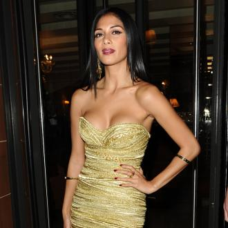 Nicole Scherzinger Stopped From Shaving Legs