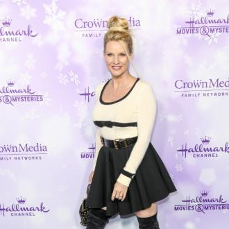 Nicollette Sheridan files for divorce