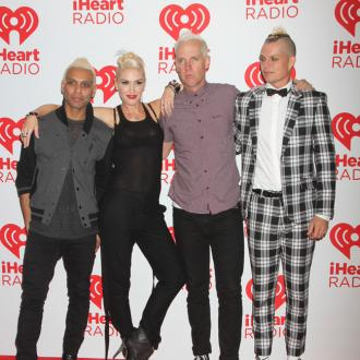 No Doubt apologise for music video