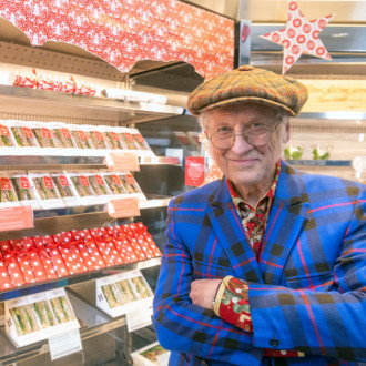 Noddy Holder teams up with Pret A Manger for Christmas Sandwich