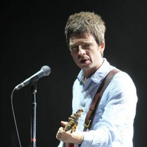 Noel Gallagher Star-struck By Paul Mccartney