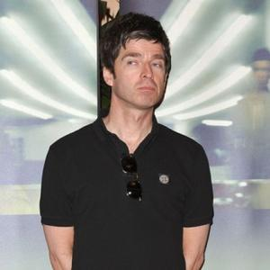 Noel Gallagher Is A Great Husband