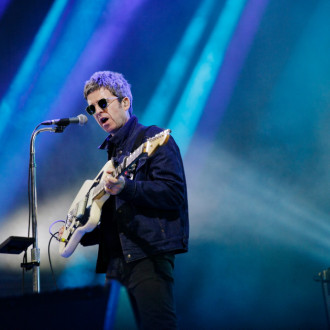 Noel Gallagher forgets lyrics to Oasis classics on stage