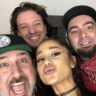 Ariana Grande reunites NSYNC at Coachella