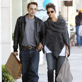 Halle Berry Breaks Up Fight