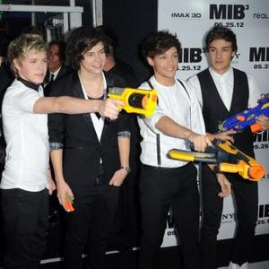 One Direction To Headline Teen Awards 2012