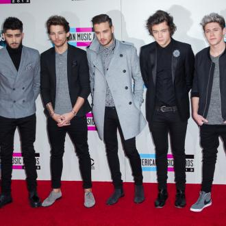 One Direction Booed At Nrj Music Awards