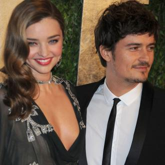 Orlando Bloom Still Living With Miranda Kerr?