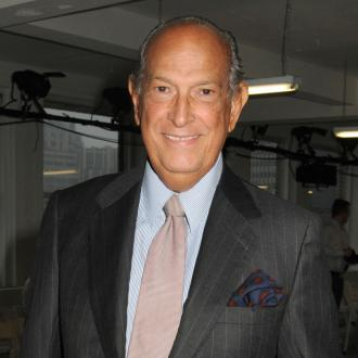 Oscar De La Renta Wants To Make Women Look Beautiful
