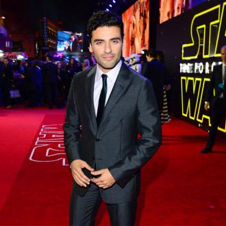 Oscar Isaac misses his mom