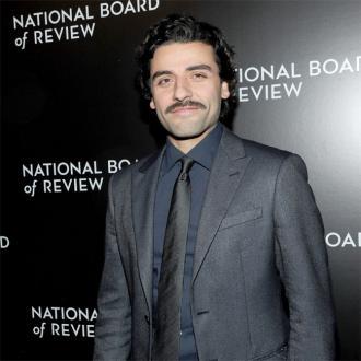 Oscar Isaac Enjoys Teasing Star Wars Fans