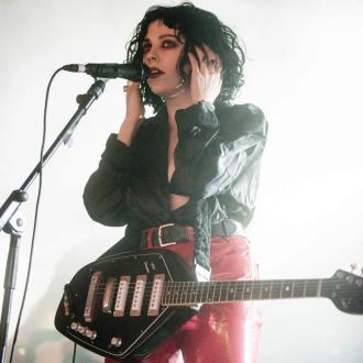 Pale Waves Suggest Listening To Debut Lp In The Dark