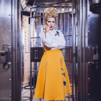 Paloma Faith To Treat Biggest Fans