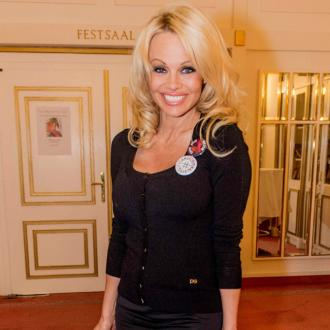 Pamela Anderson is love sick