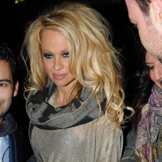 Pamela Anderson Wants Rescue Home