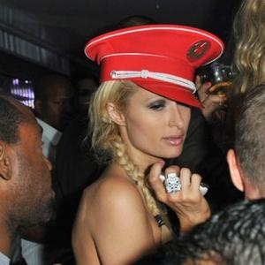Paris Hilton Gives Nazi Salute?