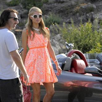 Paris Hilton Signs Dj Residency Deal In Ibiza