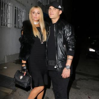Paris Hilton lost engagement ring in club