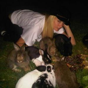 Paris Hilton Saves Rabbits From Snakes