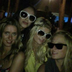 Paris Hilton Had Festival Bumps