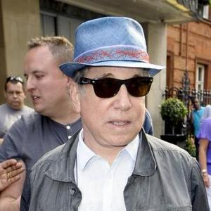Paul Simon Closes Hard Rock Calling
