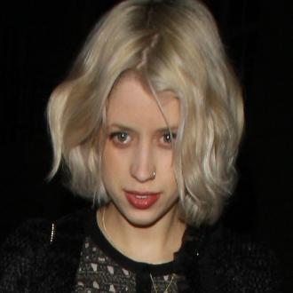 Lily Allen Leads Tributes To Peaches Geldof