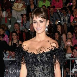 Penelope Cruz Ready To Relax