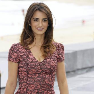 Penelope Cruz Loves Working With Loewe