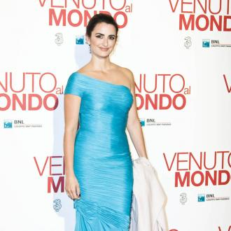 Penelope Cruz enjoys breastfeeding