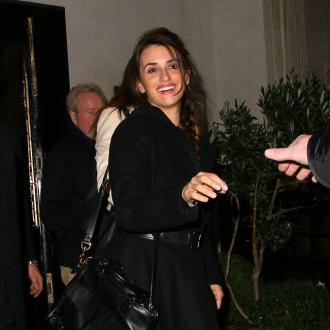 Penelope Cruz plans to move behind  the camera