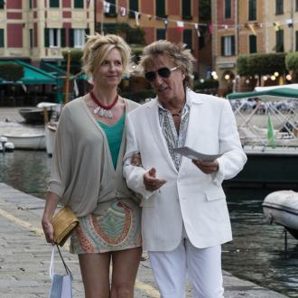 Penny Lancaster gets facials with Rod Stewart