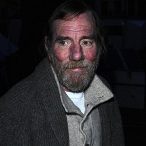 Pete Postlethwaite Dies