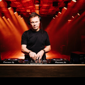 Pete Tong to be honoured with Music Industry Trusts Award
