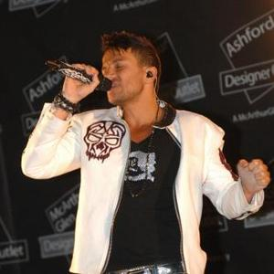 Peter Andre To Collaborate With Chris Brown?