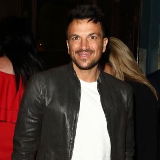 Peter Andre laughs off gig 'grabbing'