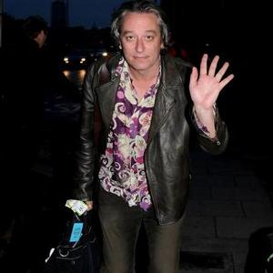Peter Buck To Release Solo Album