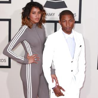 Pharrell Williams Thinks Taylor Swift Is 'Awesome'