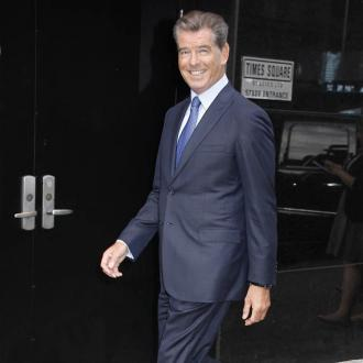 Pierce Brosnan can't work his TV